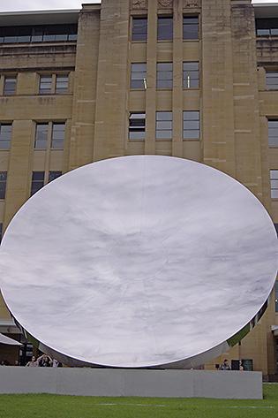 Anish Kapoor - Sky Mirror